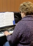 adult play piano